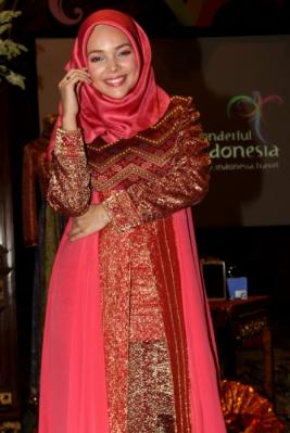 Tips Tampil Cantik Dengan Busana Muslimah Modern