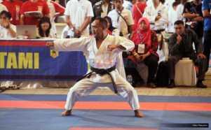 Karateka Aswan Ali Beraksi di Nomor Kata Perseorangan