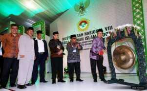Pukul Gong, Menteri Agama Buka Munas ke-VIII LDII
