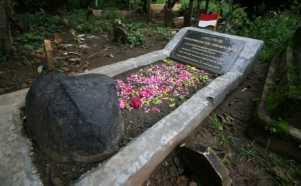 Rencana Pemindahan Makam Pahlawan Nasional Tan Malaka