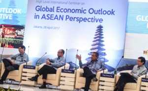Bahas Pandangan Ekonomi Global dari Perspektif ASEAN