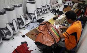Produksi Tas Golf Rumahan Ini Dipasarkan Hingga Mancanegara