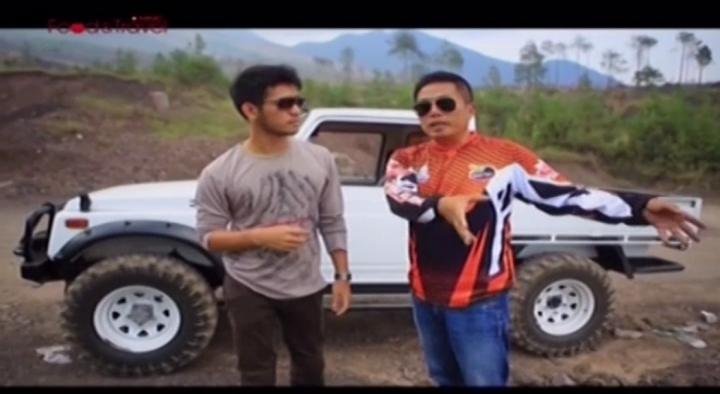 Smart Travel-Petualangan Off Road di Kaki Gunung Guntur