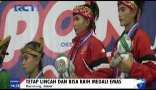 Atlet Hamil Raih Emas PON