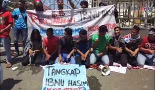 Tari Saman Gayo Warnai Unjuk Rasa di Aceh