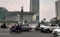 Arus Lalu Lintas Kawasan Bundaran Hotel Indonesia Ramai Lancar