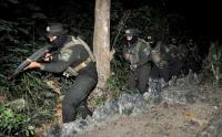 Intip Latihan Pasukan Khusus Marinir di Madura