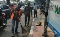 Petugas Gencarkan Operasi Tertib Masker di Jalan Raya Bina Marga