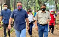 Gubernur Anies Tinjau Taman Bibit dan Taman Honda, Tebet