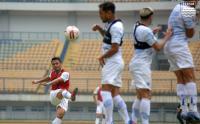 Intip Latihan Pemain Persib Bandung di Stadion GBLA