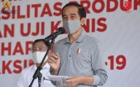 Pakai Masker Abu-Abu, Presiden Jokowi Tinjau Fasilitas Fasilitas Produksi Vaksin Covid-19