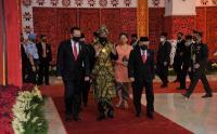 Presiden Jokowi dan Wapres KH Ma'ruf Amin Tiba di Gedung DPR