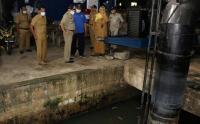 Antisipasi Banjir, Pemkot Jakbar Cek Kesiapan Pompa Air Tomang dan Patra
