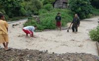 Genangan Luapan Sungai Ogolatfa di Kabupaten Parigi Moutong Mulai Surut