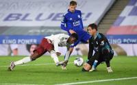 Eddie Nketiah Bawa Arsenal Menang 2-0 atas Leicester