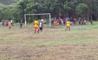 Prajurit Kostrad Gelar Turnamen Sepakbola Kampung Skofro Papua