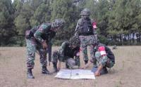 Intip Latihan Menembak Mortir Kompi Bantuan Yonif 405 SK