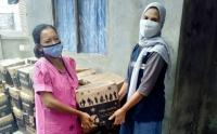 Warga Terdampak di Pulau Panggang Terima Bansos Pemprov DKI Jakarta