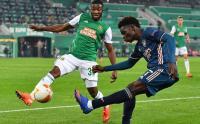 Arsenal Menang Tipis atas Rapid Vienna 2-1