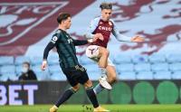 Leeds United Permalukan Aston Villa di Villa Park