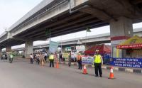 Petugas Gabungan Gelar Operasi Yustisi Covid-19 di Kalimalang