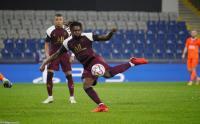 Dua Gol Moise Kean Membawa PSG Menang atas Istanbul Basaksehir