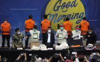 Barang Bukti Hasil Penangkapan Menteri KKP Edhy Prabowo Digelar KPK