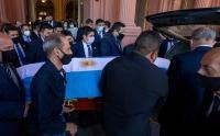 Iring-iringan Jenazah Maradona Menuju Pemakaman