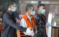 Terjaring OTT, KPK Tahan Wali Kota Cimahi Ajay Muhammad Priatna