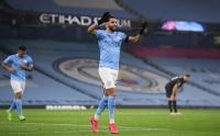 Hattrick Riyad Mahrez Bawa City Libas Burnley 5-0