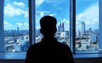 Birunya Langit Jakarta Terlihat Lagi Hari Ini