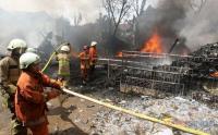 Kebakaran Gudang Rongsokan di Bambu Apus