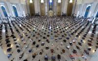 Intip Prokes Ibadah Salat Jumat di Masjid Al Akbar Surabaya
