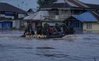 Misi Kemanusiaan, Marinir Diterjunkan Bantu Evakuasi Korban Banjir Kalsel