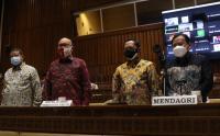Mendagri, Bawaslu dan KPU Rapat Kerja dengan Komisi II Bahas Evaluasi Pilkada Serentak