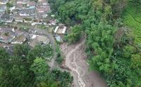 Foto Udara Banjir Bandang Landa Kawasan Gunung Mas