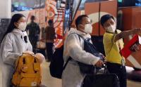 Pakai Baju Hazmat TKA China Tiba di Bandara Soetta