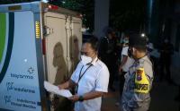 Dikawal Ketat Polisi, 10.240 Vaksin Covid-19 Tiba di Dinkes Kota Malang