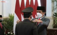 Dilantik Jokowi, Listyo Sigit Resmi Jadi Kapolri