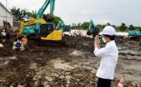Presiden Jokowi Tinjau Perbaikan Tanggul Sungai Citarum Bekasi