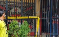 Polisi Olah TKP Penembakan di Kafe RM Jakarta Barat