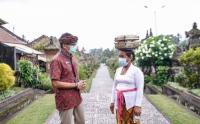 Kasus Covid di Bali Menurun, Menparekraf Sandiaga Uno Kunjungi Desa Wisata Penglipuran