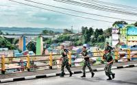 Tingkatkan Kemampuan dan Kebugaran Fisik, Prajurit TNI Lari Bersama Keliling Kota Malang
