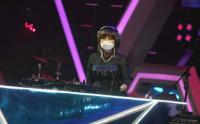 Penampilan Serba Hitam  DJ Dinar Candy