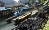 Antisipasi Banjir di Wilayah Jakpus, Pemkot Rutin Gelar Gerebek Lumpur