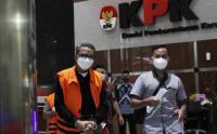 Tangan Diborgol, Nurdin Abdullah Jalani Pemeriksaan Perdana di KPK