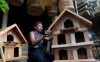 Intip Kerajinan Sangkar Burung dan Ayam Tradisional