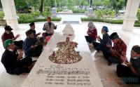 Peringati Hari Musik Nasional, Makam WR Soepratman Dikunjungi Peziarah