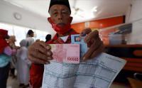 Pemerintah Masih Salurkan  Bantuan Sosial Tunai Rp300 Ribu