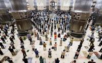 Masjid Istiqlal Gelar Salat Jumat dengan Protokol Kesehatan Ketat